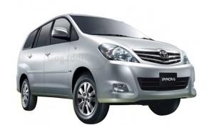 Toyota Innova 2012 2.5 E PS 7 STR BS-IV